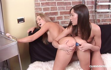 Vibrators, dildos, and tongues are used anon Peggy and Ashley strive pastime