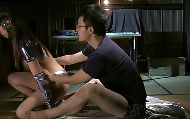 Man fucks Asian cyborg girl he created for making love adventures
