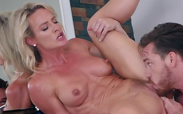 Spend a penny padlock pussy pounding with a lovely milf