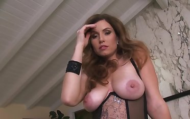 A strumpet with a big pain in the neck and substantial tits is ferment her hot behind