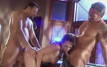 Romantic MMF threesome with desirable housewife Holly West