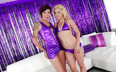 Video be incumbent on abnormal girls Holly Hanna and Sinful playing with anal toys
