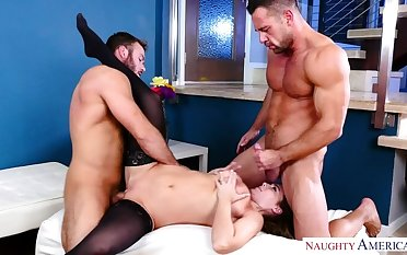 Natasha Nice fucking in get under one's crowded room less her blue eyes