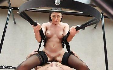 Swing & Cum - 6 Orgasms