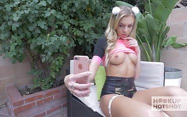Bratty unearth loving nympho Tiffany Watson sends nudes to her new fuck buddy