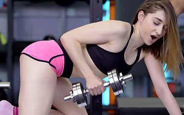 Workout at one's fingertips the gym turns into sex above the bench - Lana Bunny