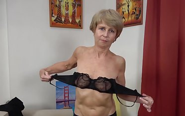 75 ripen old grandma all round erotic nylon stockings toying her old wet shaved cunt first time