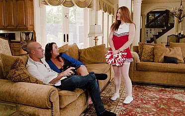 Kinky cheerleader & her daddy