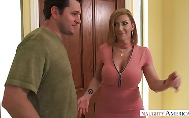 Sara Jay swallows a ride-share drivers load! Naughty America