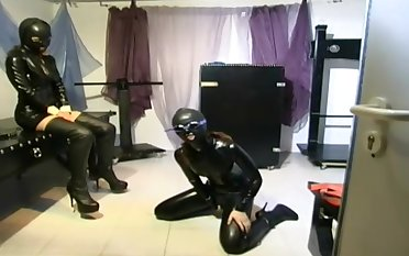 Kinky Intercourse Plays With German Latex Slave - 1080p