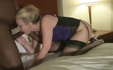 young BBC and older BBC creampie stunning milf..hubby films!