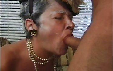 Weird looking obese old whore Ellen wanna suck stalwart boner cock