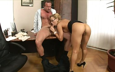 Secretary lets an obstacle bigwig fuck her in an obstacle ass