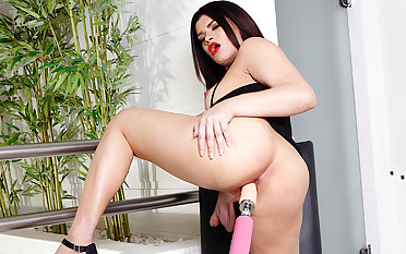 Tgirl Paulinha Lima Strokes The brush Big Cock While Getting Plowed by a Outfit